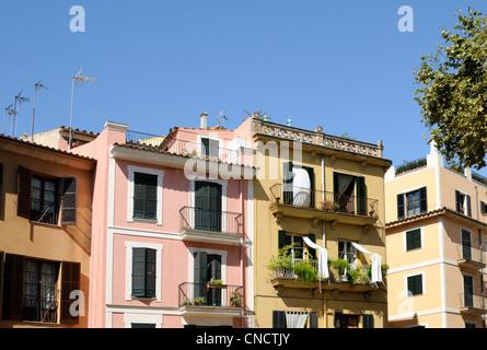 Gebäude, Placa de la Drassana, Palma, Mallorca, Spanien.   Buildings, Plaza de la Drassana, Palma, Majorca, - Stock Image