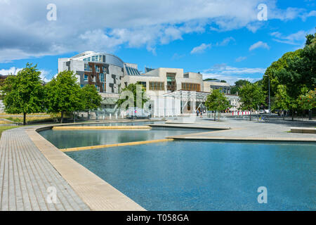 The Scottish Parliament Building (by Enric Miralles 2004), from the park area, Holyrood, Edinburgh, Scotland, UK - Stock Image