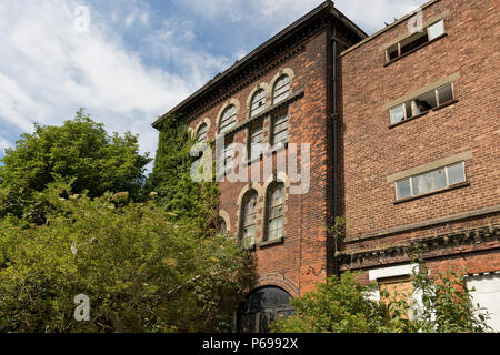 Derelict Victorian pumping station in Trowse, Norwich, UK. - Stock Image
