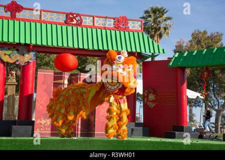 USA, Arizona, Phoenix. Traditional lion dance costume. Credit as: Wendy Kaveney / Jaynes Gallery / DanitaDelimont.com - Stock Image