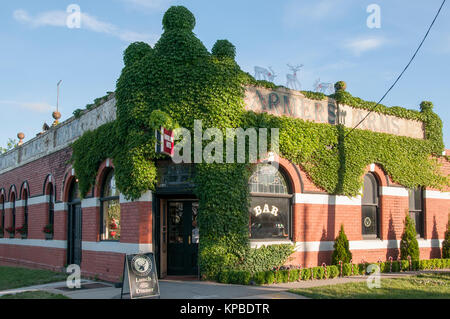 Farmer's Arms Hotel at Daylesford, a 19th-century spa country town in western Victoria, Australia - Stock Image