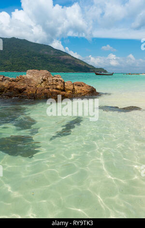 Crystal clear pristine water of Andaman sea in Koh Lipe, Thailand - Stock Image
