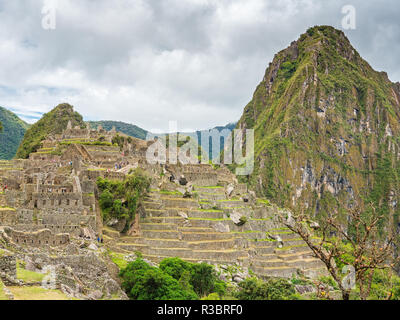 Side view of the Machu Picchu citadel - Stock Image