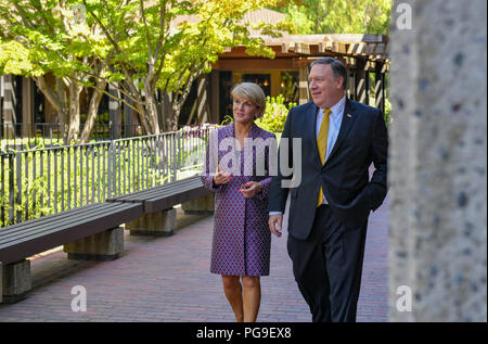 U.S. Secretary of State Michael R. Pompeo and Australian Foreign Minister Julie Bishop go for a walk on the campus of Stanford University in Palo Alto, California on July 23, 2018. - Stock Image