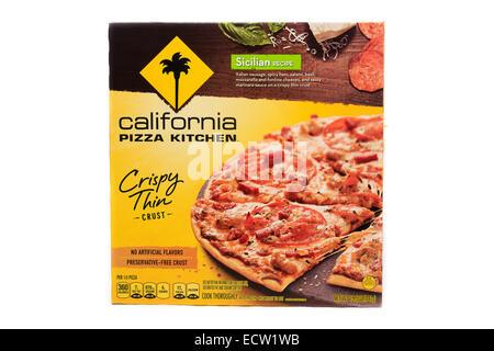 California Pizza Kitchen Sicilian Crispy Thin Crust Ready Meal - Stock Image