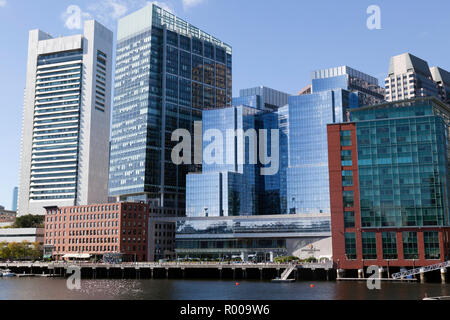 View of the Intercontinental Hotel  across the Fort Point Channel, in downtown Boston - Stock Image