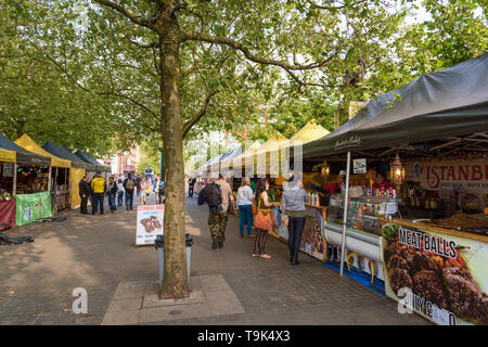 Street Food Market, Manchester Piccadilly Gardens - Stock Image