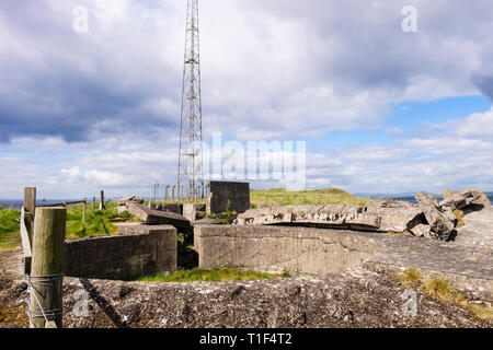 Remains of World War II gun pit emplacement by the Fife Coastal Path on Kingcraig Hill. Elie and Earlsferry, Fife, Scotland, UK, Britain - Stock Image