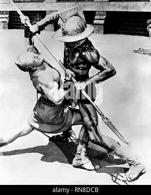 DEMETRIUS AND THE GLADIATORS, GLADIATORS FIGHT SCENE, 1954 - Stock Image