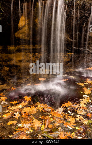 Waterfall detail at Pickwick Mill in autumn. - Stock Image