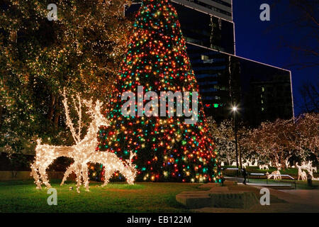 Christmas lights in downtown Richmond, Virginia. - Stock Image