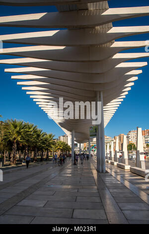 MALAGA, ANDALUSIA / SPAIN - OCTOBER 05 2017: PEDESTRIAN ROAD AT THE PORT - Stock Image