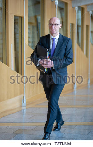 Edinburgh, UK. 4th April, 2019.  Deputy First Minister John Swinney arriving for First Ministers Questions in the Scottish Parliament. Credit: Roger Gaisford/Alamy Live News - Stock Image