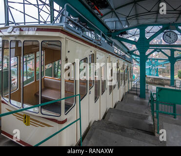 Dresden, Germany, December 15., 2018: Mountain station of the oldest suspension railway in the world after arrival from the valley - Stock Image