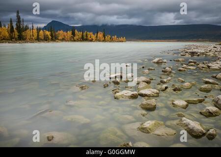 Autumn landscape from shore of lake Laitaure, Kungsleden trail, Lapland, Sweden - Stock Image