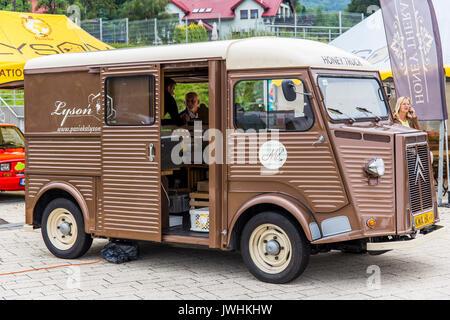 Bielsko-Biala, Poland. 12th Aug, 2017. International automotive trade fairs - MotoShow Bielsko-Biala. Old bus Citroen H. Credit: Lukasz Obermann/Alamy Live News - Stock Image