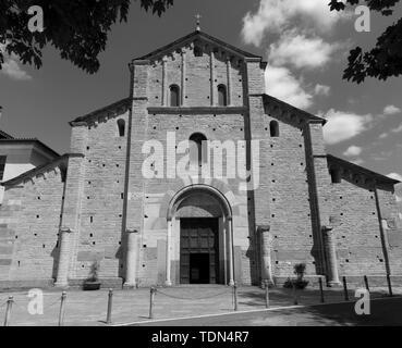 COMO, ITALY - MAY 9, 2015: The facede of romanesque church Basilica di San Abbondio. - Stock Image