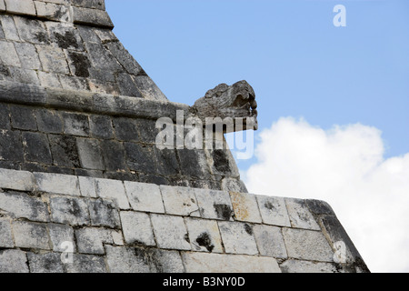 Serpent's Head on the Entrance to the Great Ballcourt, Juego Pelota, Chichen Itza, Yucatan Peninsular, Mexico - Stock Image