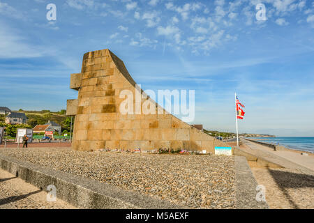The Omaha Beach memorial at Saint-Laurent-sur-Mer, site of the D Day invasion of World War 2 on the Normandy coast - Stock Image