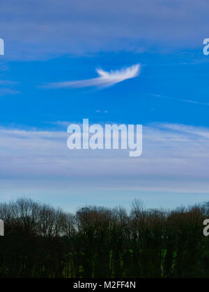 Tissington Village, Derbyshire. 7th Feb, 2018. UK Weather: Unusual strange bizarre looking whispery cloud formation - Stock Image