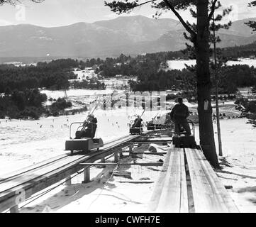 View of the Skimobile at Cranmore Mountain ski resort, North Conway, New Hampshireon March 23, 1941 - Stock Image