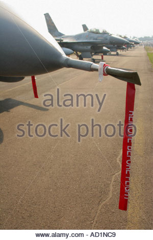 Zeltweg 2005 Airpower 05 airshow Austria, Fighting Falcon F16 nose detail with Remove Before Flight stripe - Stock Image
