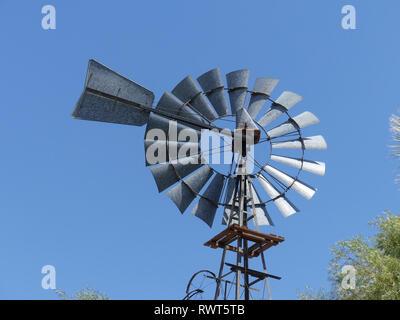WINDPUMP in Namibia. Photo: Tony Gale - Stock Image
