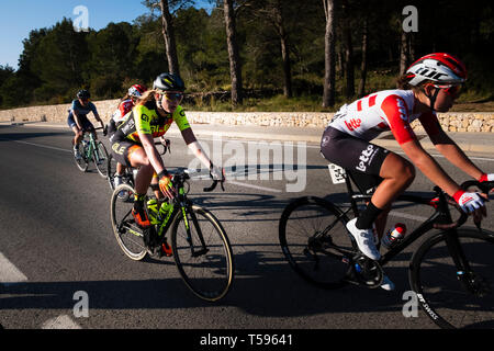 Woman's Cycle race through the La Safor mountains near Gandia Spain - Stock Image