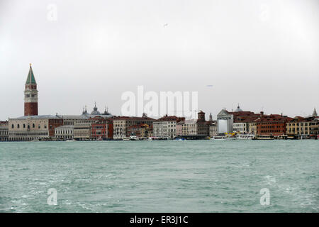 Venice, 6 February 2015. After heavy rain and strong wind, the water level rose by over 1 meter. The sea is rough. - Stock Image