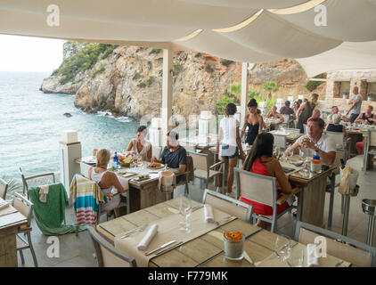 The restaurant at Amante Beach Club in Ibiza - Stock Image