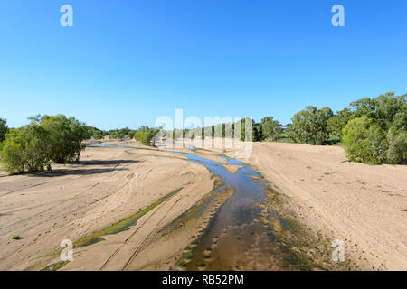 View of Einasleigh River during the dry season, seen from H.L. (Bib) Loudon Bridge between Mt Surprise and Georgetown, Savannah Way, Queensland, QLD,  - Stock Image