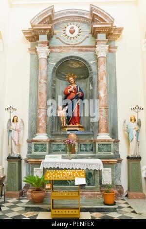 Italy Sicily ancient Netum Noto Antica Mount Alveria rebuilt after 1693 earthquake Baroque facade Cathedral Duomo built 1776 San Nicolo - Stock Image