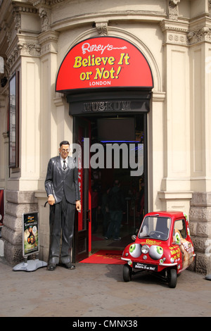 Entrance to Ripleys Believe it or Not Museum Piccadilly Circus London - Stock Image