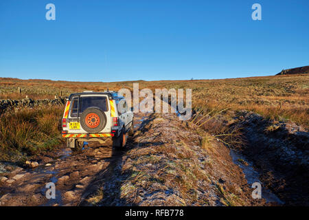 Land Rover on a Green Lane north of Buxton.  Peak District National Park, Derbyshire, England. - Stock Image