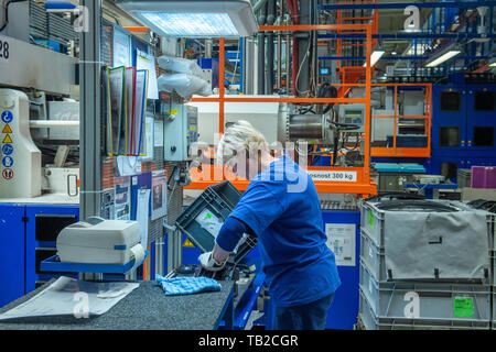 Liberec, Czech Republic. 30th May, 2019. Production in Magna Exteriors (Bohemia), producer of plastic car parts in Liberec, Czech Republic, May 30, 2019. Credit: Radek Petrasek/CTK Photo/Alamy Live News - Stock Image