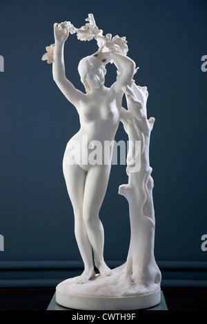 Skulpture of a young lady at Ny Carlsberg Glyptotek - Stock Image