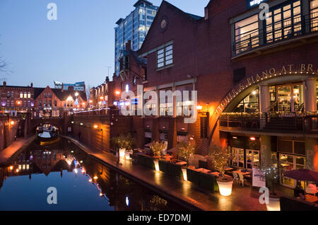 Restaurants and bars along the canal at Brindleyplace in Birmingham England UK - Stock Image
