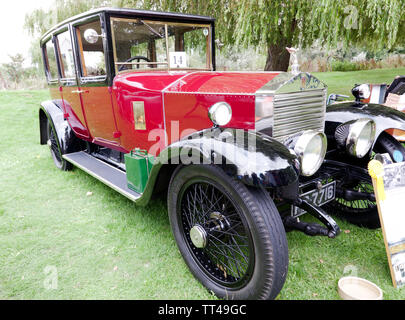 Three-quarter front view of a 1923 Rolls Royce 'Twenty'  Park Ward Saloon, on display at the Quay Green Classic Car Meet at the  2018 Sandwich Festival - Stock Image