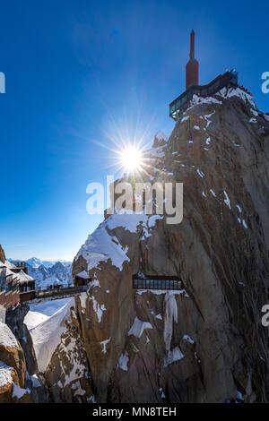The Aiguille du Midi (3842m) with footbridge and observation deck. Chamonix needles, Mont Blanc mountain range, Upper Savoy (Haute-Savoie), Alps, Fran - Stock Image