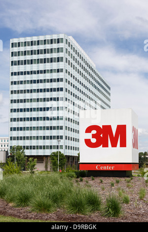 3M (formerly Minnesota Mining and Manufacturing) company headquarters near St. Paul, Minnesota. - Stock Image