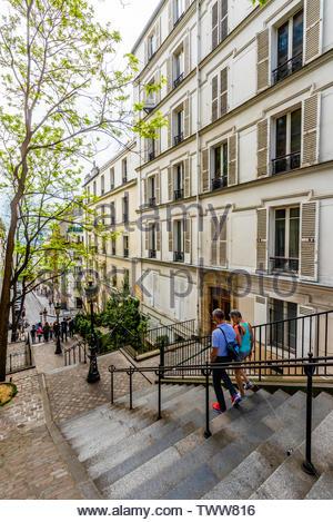 Stairs on Rue Chappe in the 18th arrondeissement leading to the Butte Montmatre and Sacre Coeur Church, Paris, France. - Stock Image