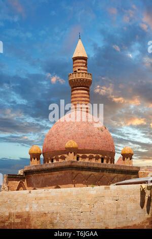 Minarete of the Mosque of the 18th Century Ottoman architecture of the Ishak Pasha Palace (Turkish: İshak Paşa Sarayı) ,  Agrı province of eastern Tur - Stock Image