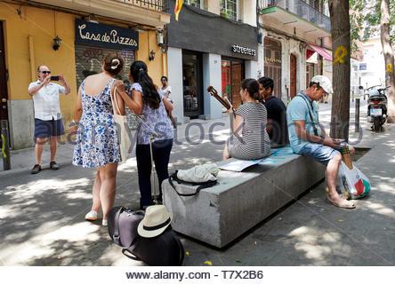 Street in Gracia,  the City of Barcelona in Catalunya in Spain in Europe - Stock Image