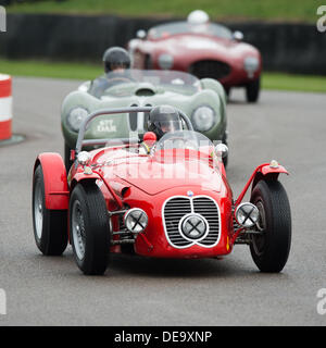 Chichester, West Sussex, UK. 13th Sep, 2013. Goodwood Revival. Goodwood Racing Circuit, West Sussex - Friday 13th September. Racing action on the track through the chicane. © MeonStock/Alamy Live News - Stock Image