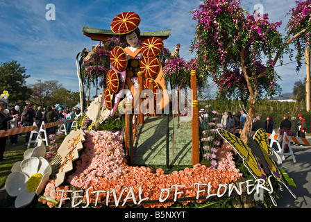 Tournament of Roses Parade Float, 'Festival of Flowers' Colorful, Decorated, rose s perennial flowering, - Stock Image