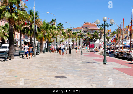 Walkway by harbour, Sanary sur Mer, near Toulon, France - Stock Image