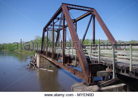 Rails-To-Trails bridge over river - Stock Image