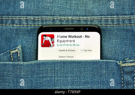 MONTREAL, CANADA - December 23, 2018: Home Workout android app on Samsung s8 screen. The application is one of the Best Apps 2019 - Stock Image