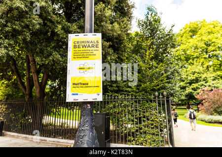 Smartwater sign, smart water sign, warning, MetTrace, met trace, Criminals beware sign, London UK, smartwater protection, protected, forensically, - Stock Image