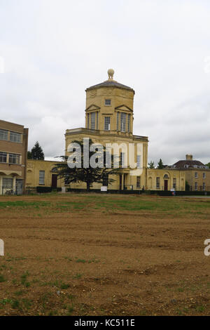 Radcliffe Observatory whoch now stands on a building site close to the Woodstock Road, Oxford - Stock Image